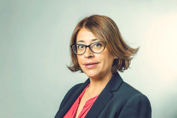 Fotografia-de-Periodista-Marillanos-por-HOTCREATIVIDAD retrato a profesionales