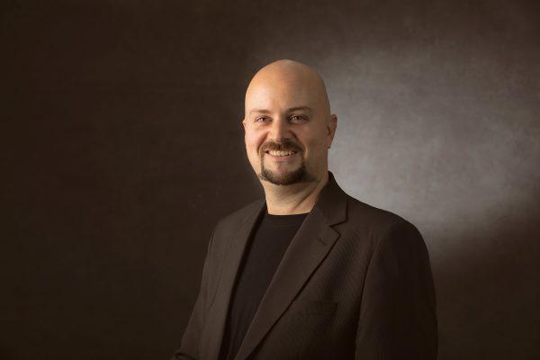 Javier Carmona Benitez. Profesional SEO retrato profesional hotcreatividad